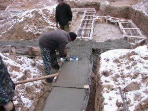 Заливать фундамент бетоном
