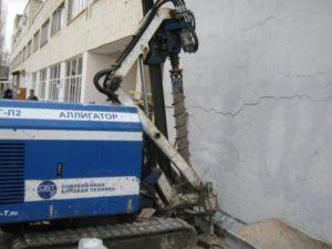 Спасение действующего здания