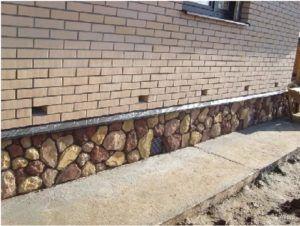 В ходе выполнения монтажных работ используются камни любых фракций и различной геометрии.