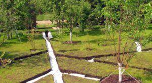 Траншеи с геотканью для отведения воды на дачном участке