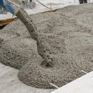 льют бетон