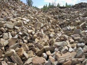 камень булыжник