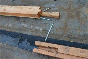 Один из способов соединения бруса для получения нужной длины.