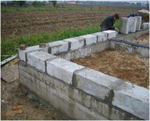 Шлакоблоки станут хорошим решением для постройки бани или других малогабаритных помещений.