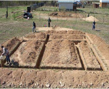 Создание базиса на песчаной почве требует терпения и выдержки.